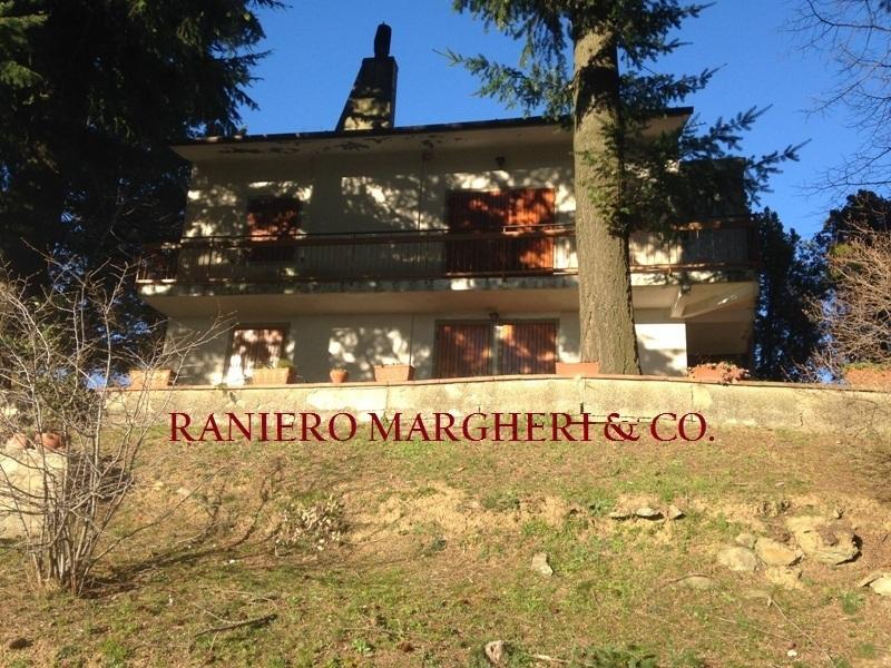 Villa in vendita a Rufina, 8 locali, prezzo € 300.000 | Cambio Casa.it