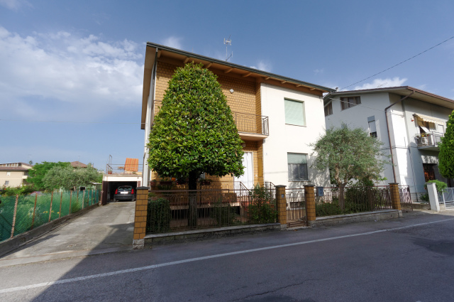 Vai alla scheda: Casa indipendente Vendita - Cesena (FC) - Codice -3263
