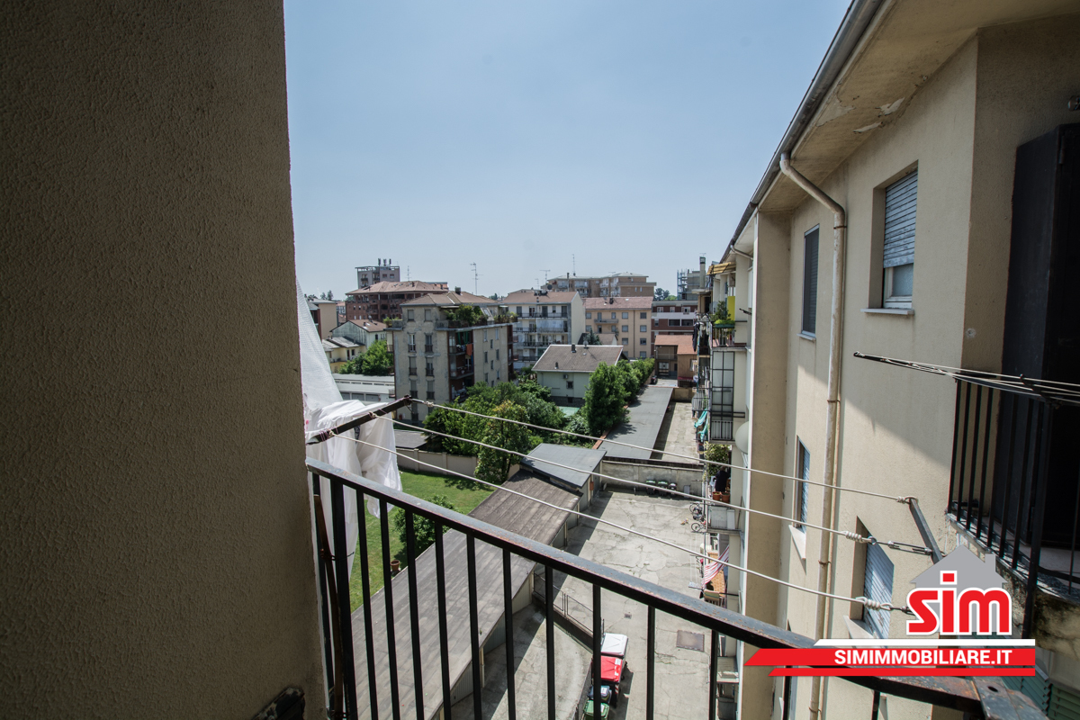 Bilocale Novara Via Melchioni Sn 8