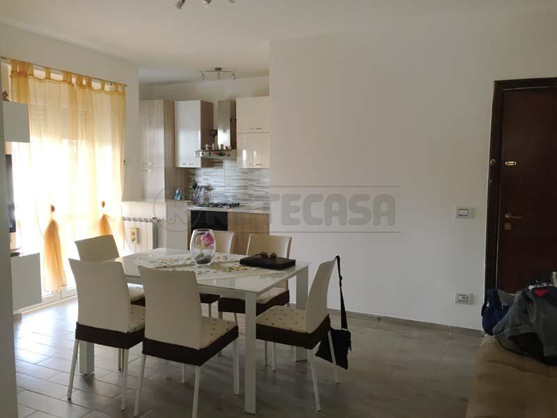 Appartamento in vendita a Bisceglie, 2 locali, prezzo € 155.000 | Cambio Casa.it