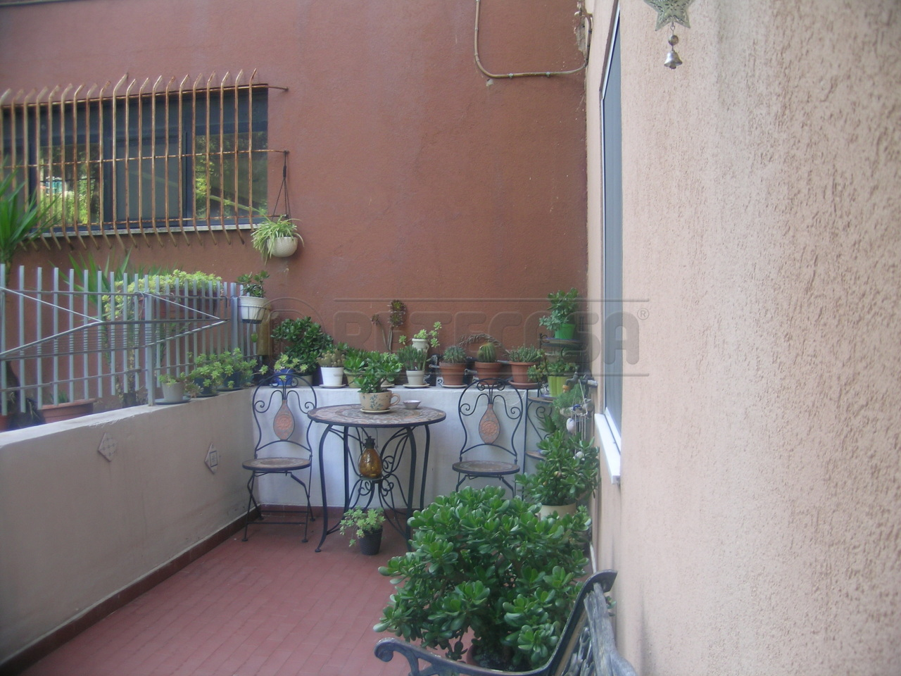 Bilocale Ancona Via Petrarca 11