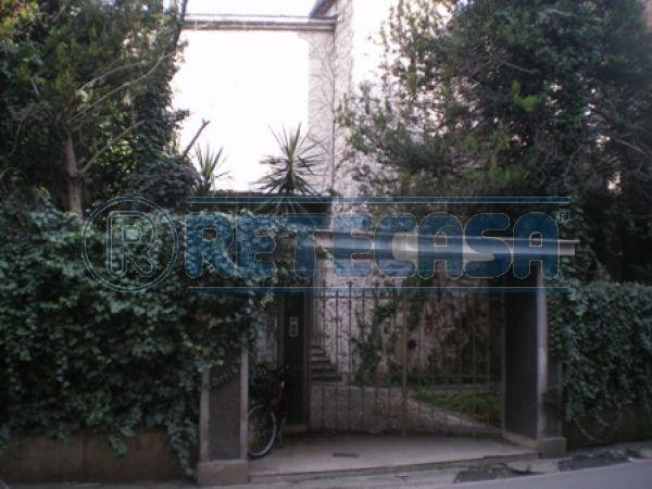 Villa in vendita a Capodrise, 9999 locali, Trattative riservate | Cambio Casa.it