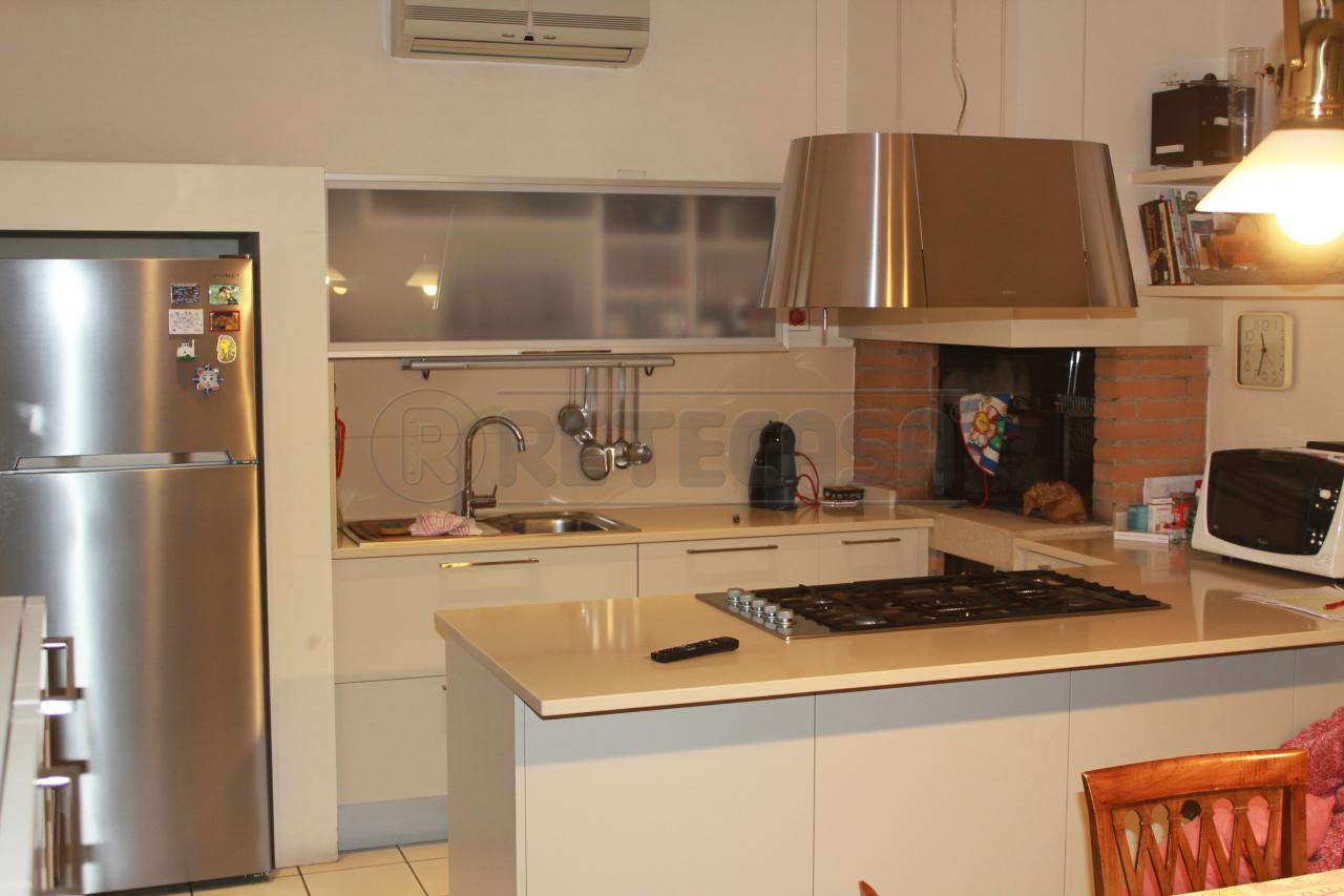 Villa in vendita a Vicenza, 14 locali, Trattative riservate | Cambio Casa.it