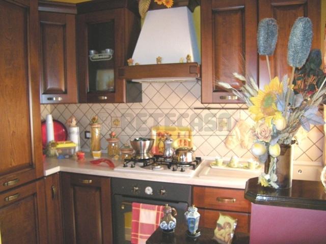 Appartamento in vendita a Caltanissetta, 3 locali, prezzo € 40.000 | Cambio Casa.it