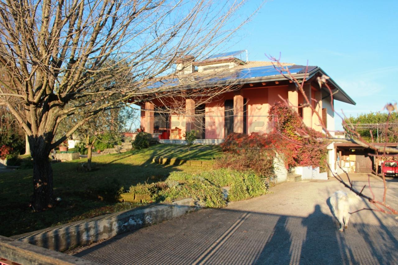 Villa in Vendita a Sovizzo