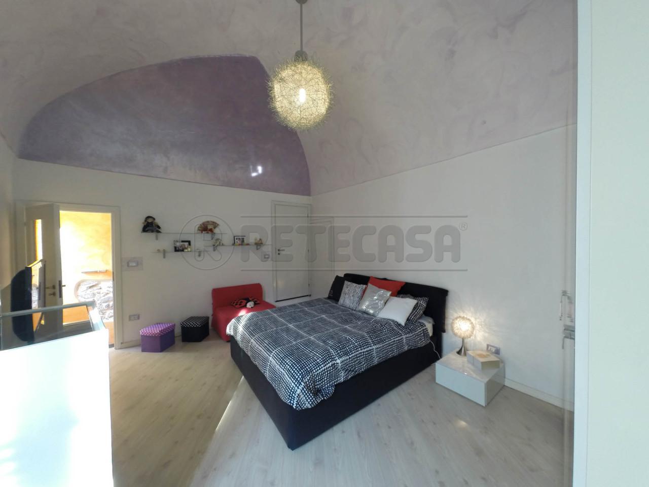 Rustico / Casale in vendita a Toirano, 5 locali, prezzo € 195.000 | Cambio Casa.it