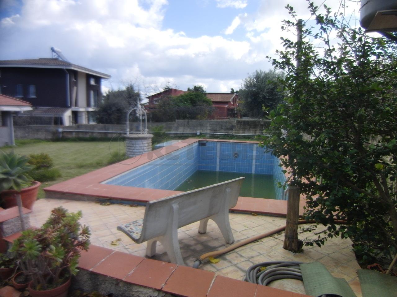 Villa in vendita a Siracusa, 5 locali, prezzo € 180.000 | Cambio Casa.it