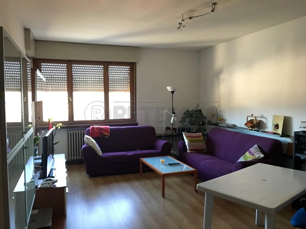Appartamento in affitto a Sedico, 7 locali, prezzo € 500 | Cambio Casa.it