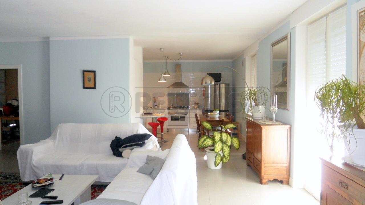 Appartamento, 106 Mq, Vendita - Mantova (Mantova)