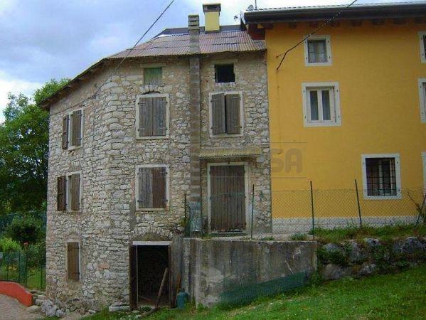 Rustico / Casale in vendita a Gallio, 4 locali, prezzo € 45.000 | Cambio Casa.it
