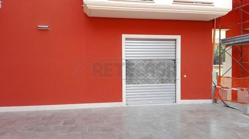 Negozio / Locale in affitto a Montoro, 1 locali, prezzo € 2.000 | Cambio Casa.it