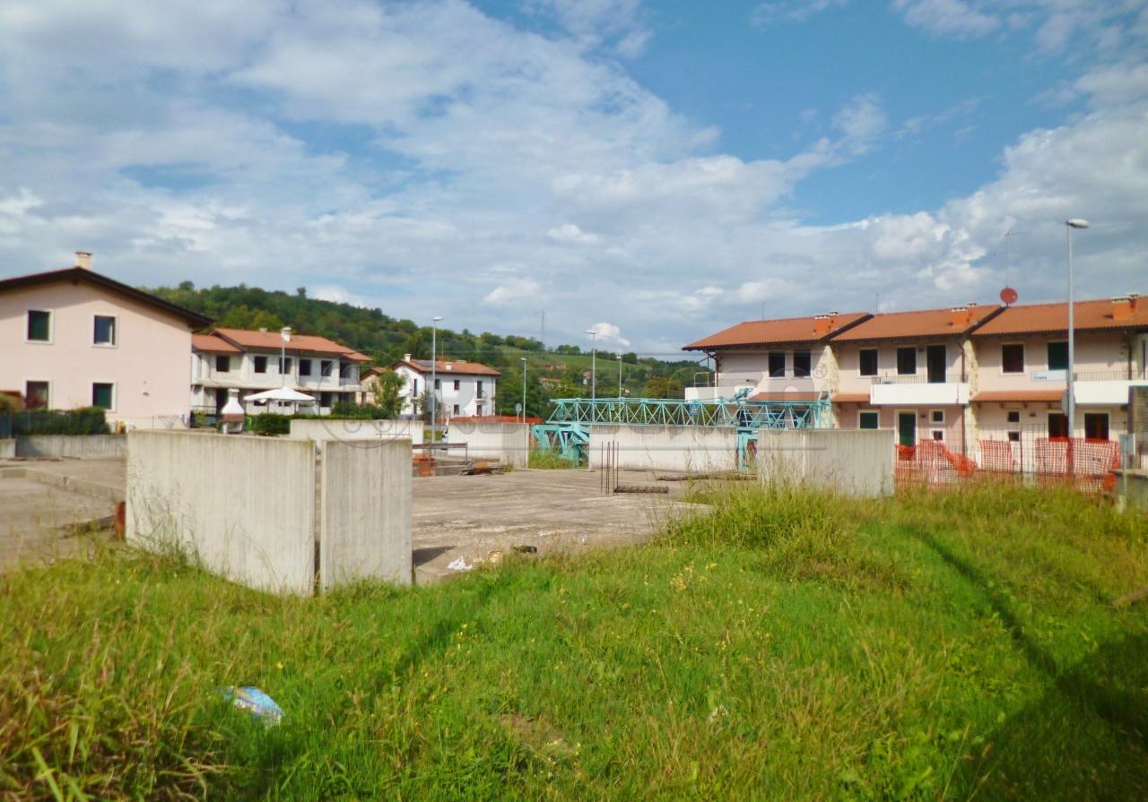 Terreno Edificabile Residenziale in Vendita a Montorso Vicentino