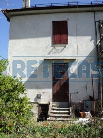 Appartamento in vendita a Feltre, 3 locali, prezzo € 35.000   Cambio Casa.it
