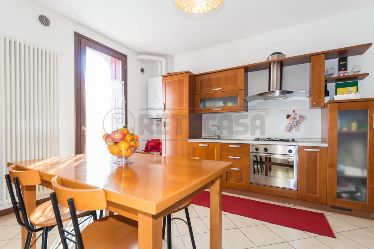Appartamento in vendita a Breganze, 2 locali, prezzo € 77.000 | Cambio Casa.it