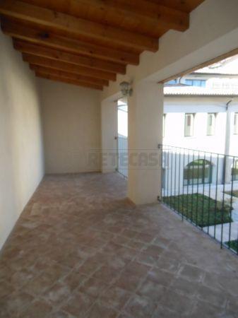 Appartamento in vendita a Bassano del Grappa, 2 locali, prezzo € 268.000 | Cambio Casa.it