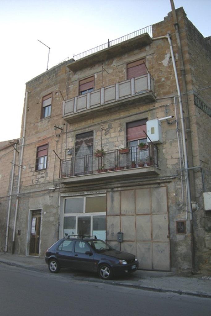 Appartamento trilocale in vendita a Caltanissetta (CL)-11