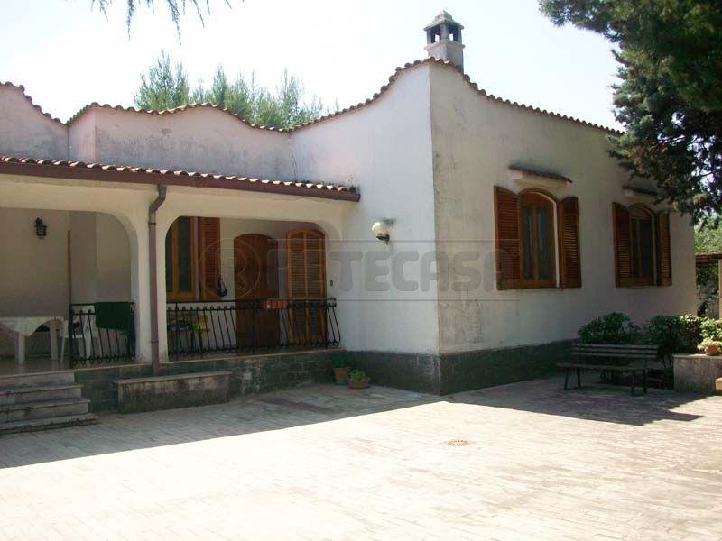 Villa in vendita a Bisceglie, 4 locali, prezzo € 240.000 | Cambio Casa.it