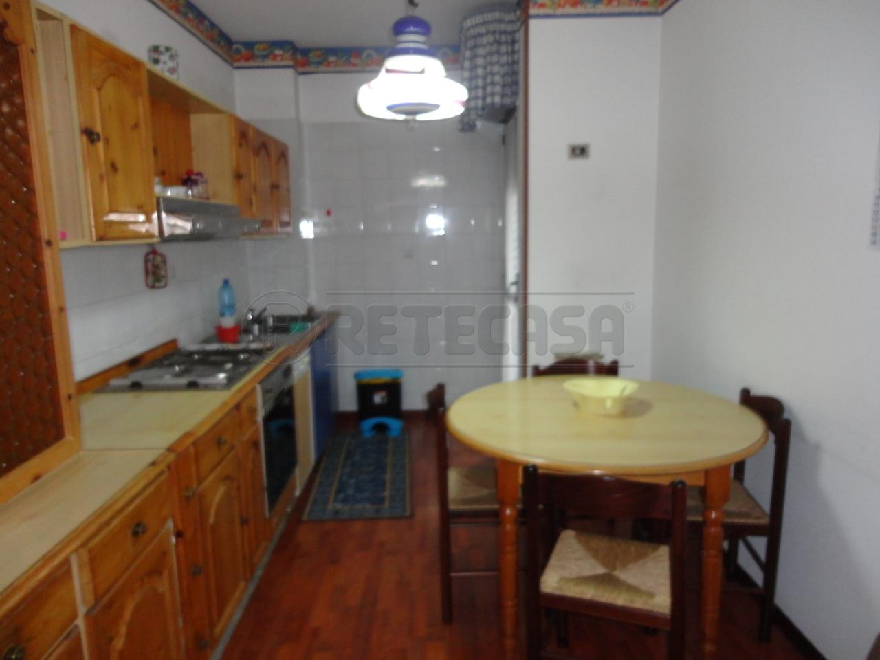Trilocale in affitto a Catanzaro in Via Conti Falluc