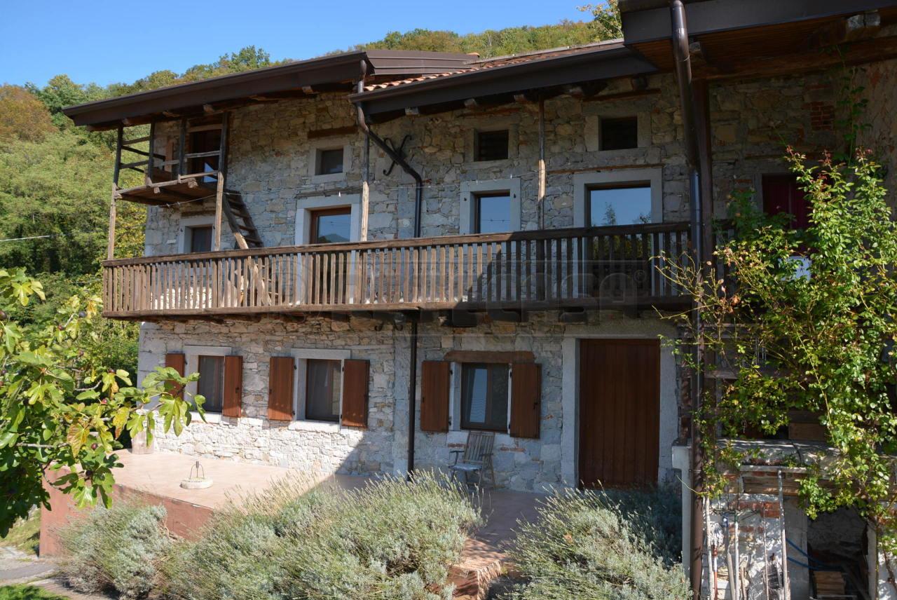 Rustico / Casale in vendita a Cividale del Friuli, 8 locali, prezzo € 285.000 | Cambio Casa.it