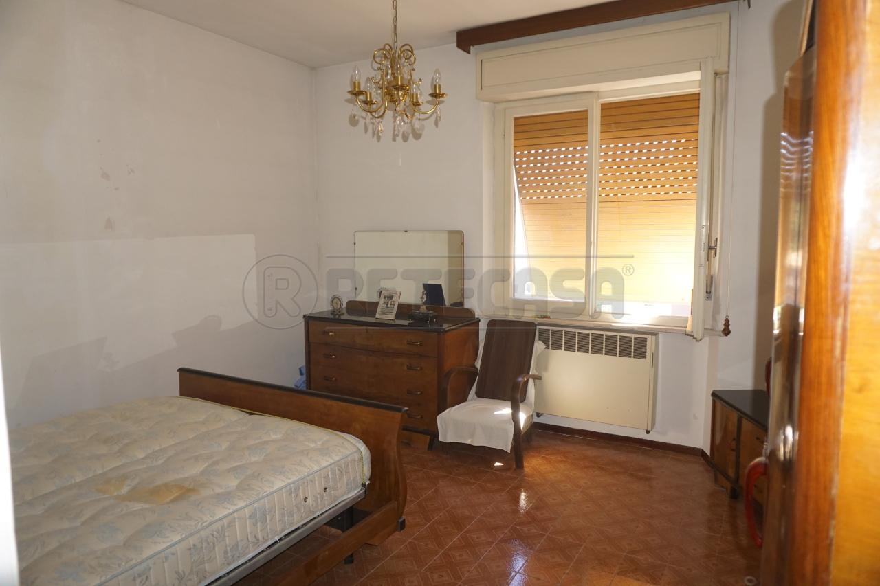 Bilocale Ancona Via Tronto 9