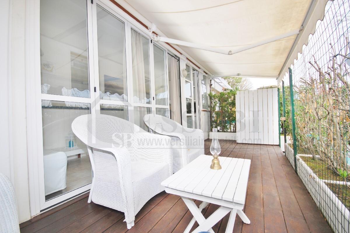 Appartamento in affitto a Pietrasanta, 3 locali, Trattative riservate | CambioCasa.it