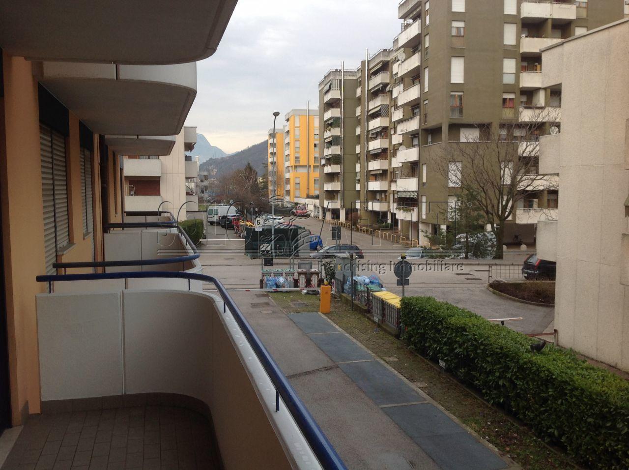 Bilocale Trento Via Guardini 24 12