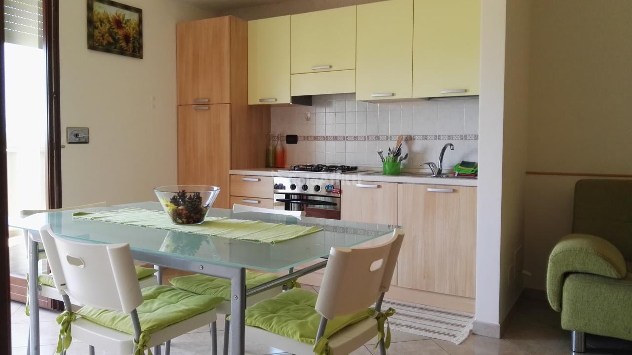 Appartamento in affitto a Montesilvano, 2 locali, prezzo € 420 | Cambio Casa.it