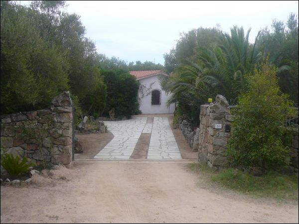 Villa in vendita a Golfo Aranci, 9 locali, prezzo € 700.000 | Cambio Casa.it
