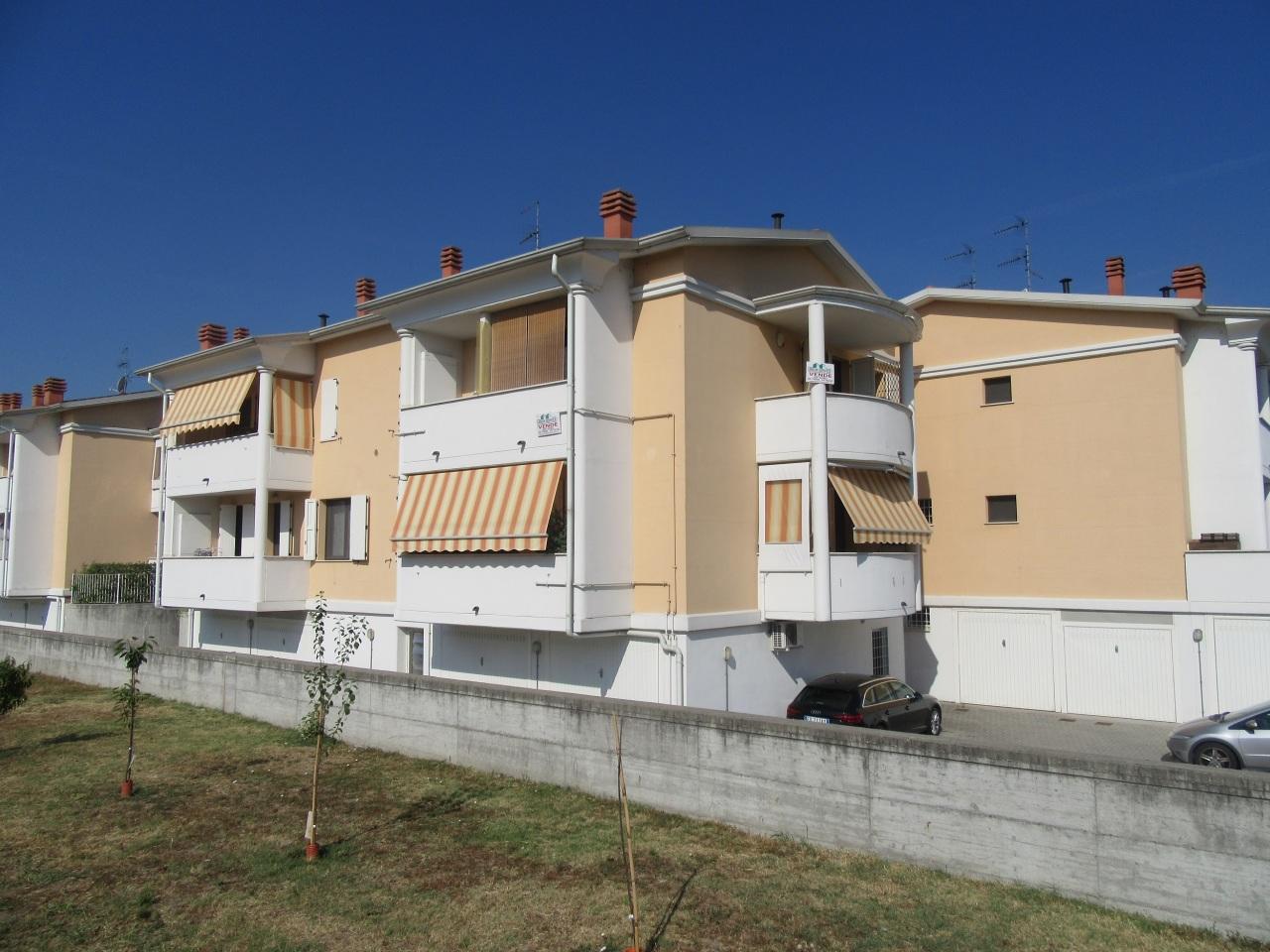 Appartamento in vendita a Noceto, 2 locali, prezzo € 103.000 | Cambio Casa.it
