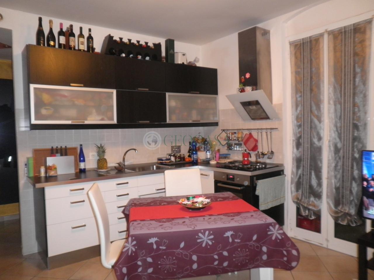 Appartamento in vendita a La Spezia, 2 locali, prezzo € 85.000 | CambioCasa.it