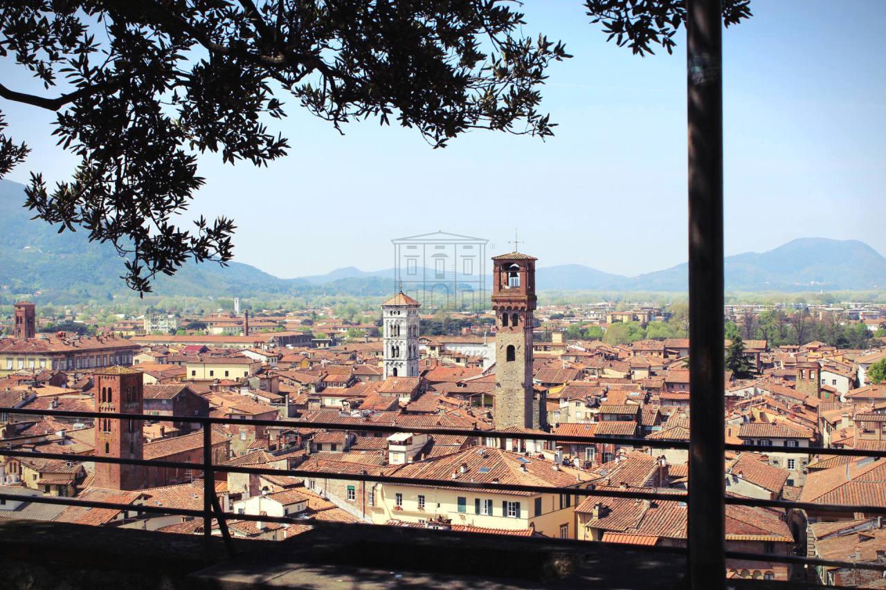 fondo artigianale Lucca Centro storico AF01364 img 2