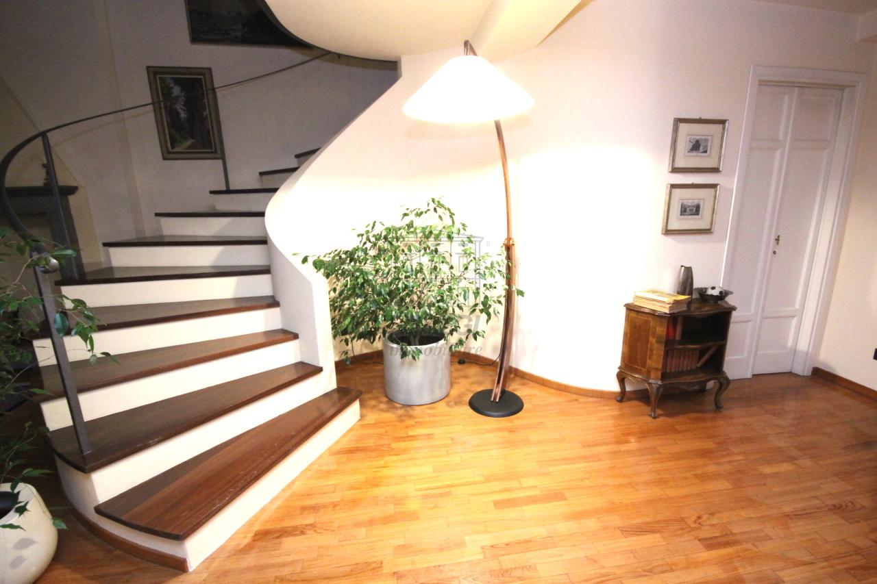 Appartamento Lucca Centro storico IA03230 img 7