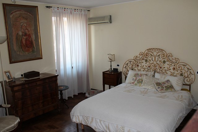 camera letto 1 (Copia).JPG