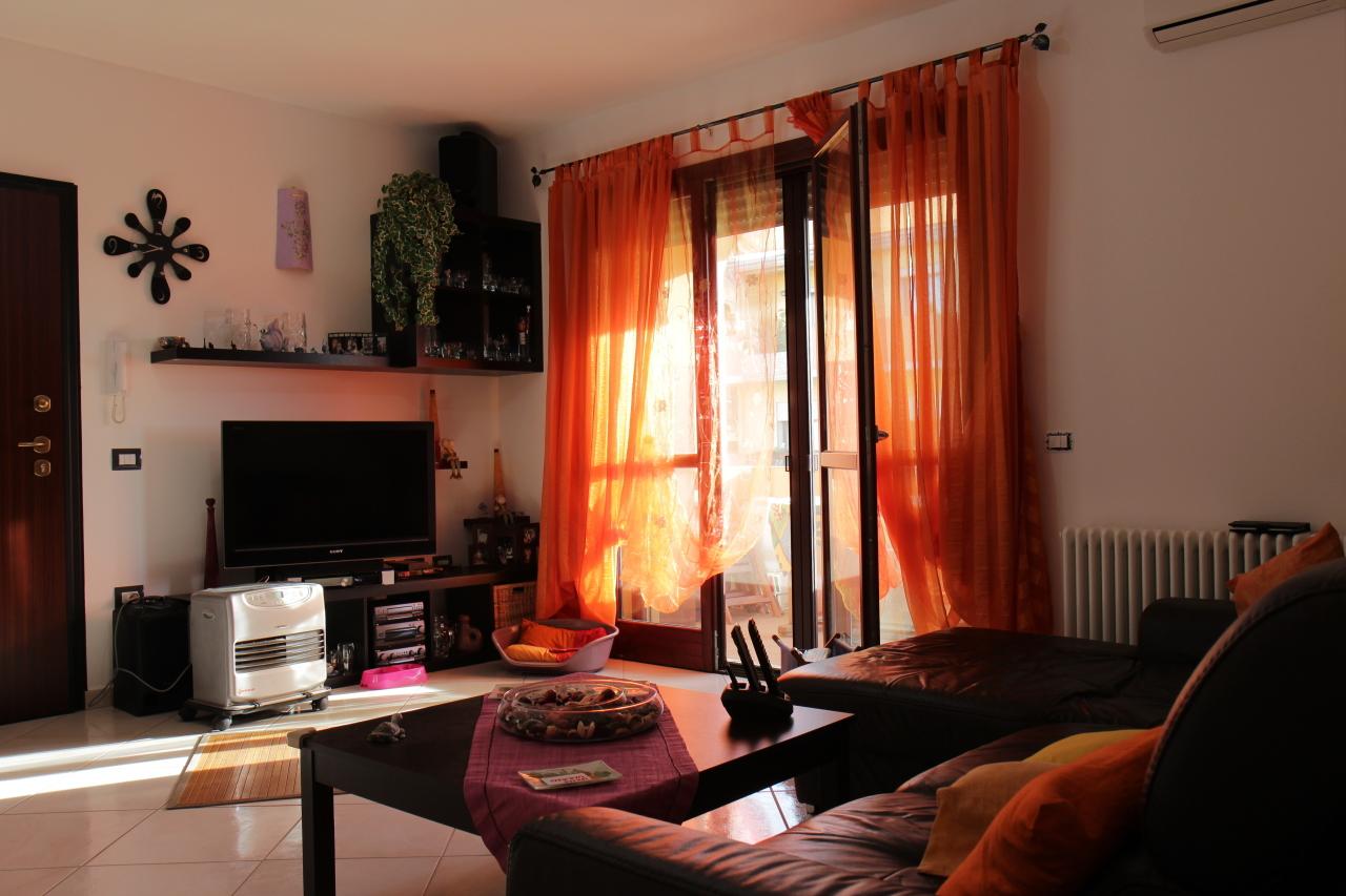 Appartamento in vendita a Uta, 4 locali, prezzo € 128.000 | CambioCasa.it