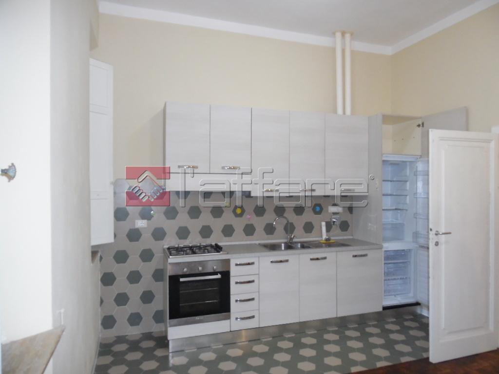 Appartamento in affitto a Pontedera, 3 locali, prezzo € 480 | CambioCasa.it
