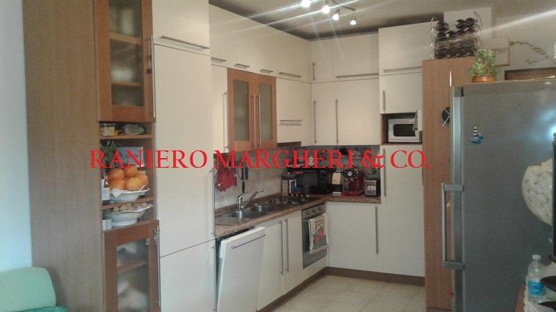 Appartamento in vendita a Pontassieve, 3 locali, prezzo € 160.000   Cambio Casa.it