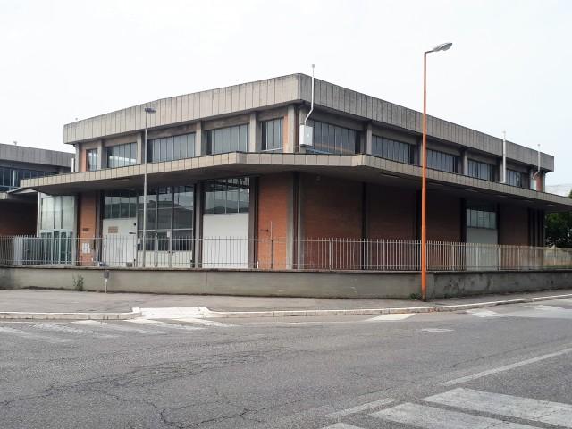 Vai alla scheda: Capannone Industriale Affitto - Cesena (FC) - Codice -3180
