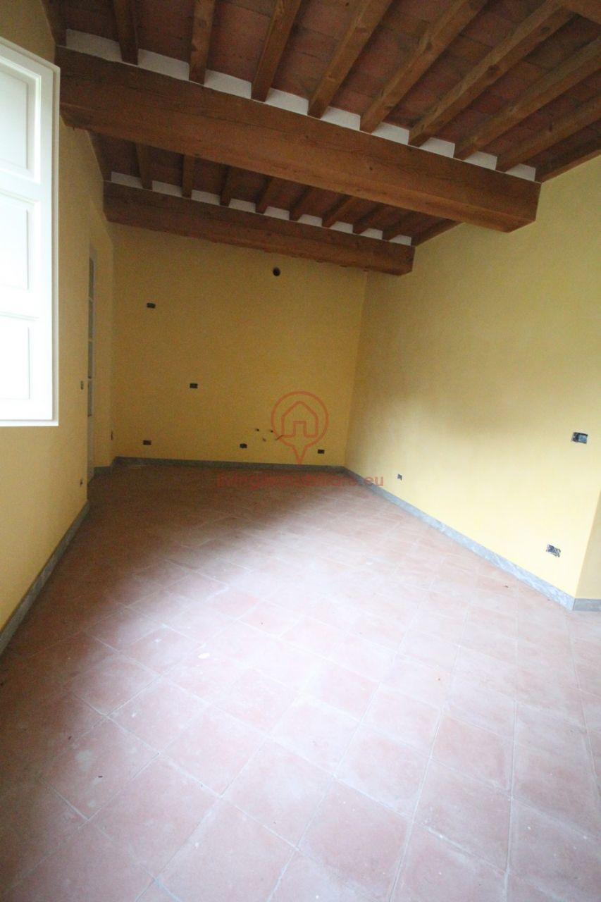 Bilocale Lucca Via Per Camaiore 5
