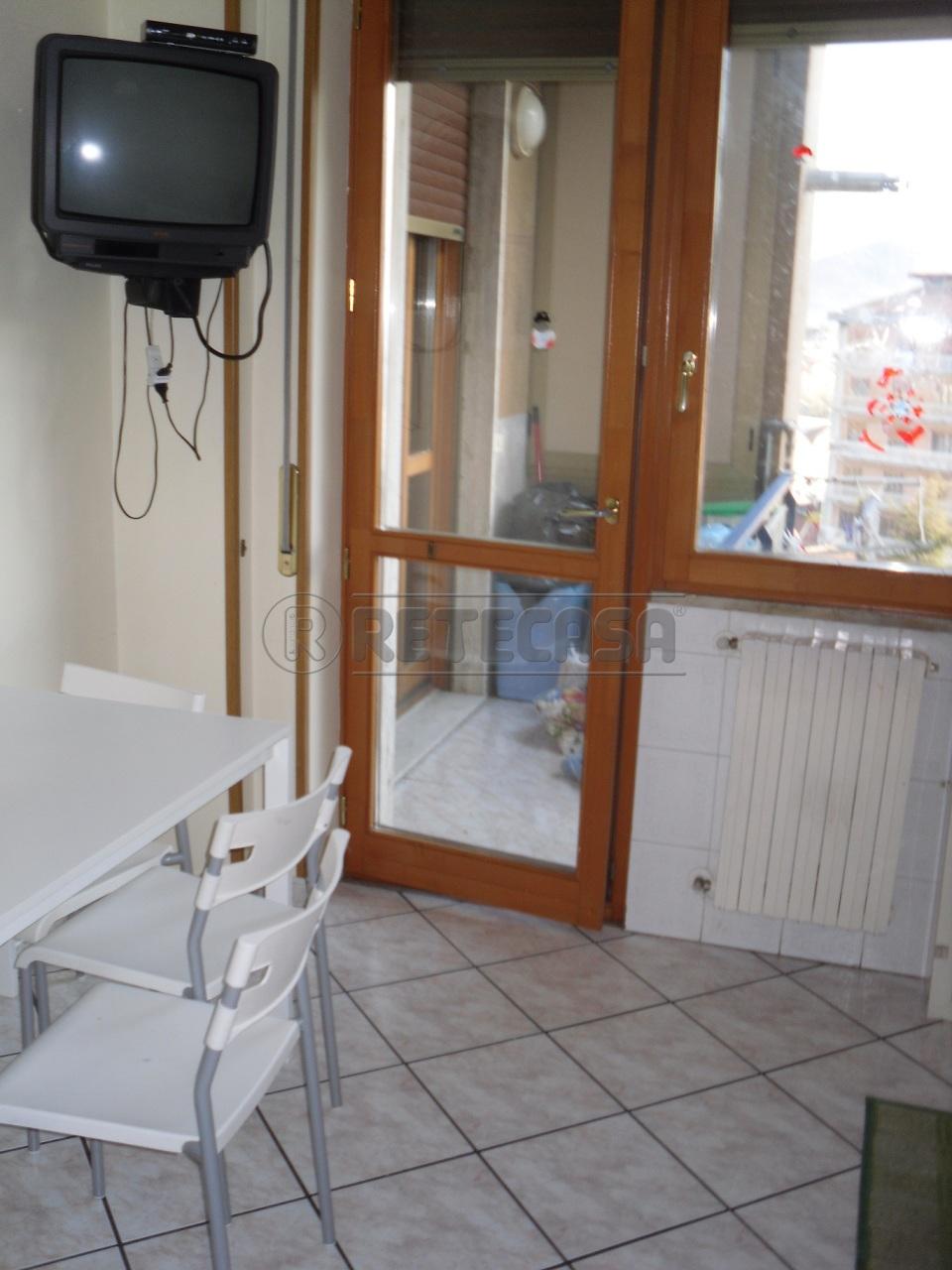 Appartamento in vendita a Mercato San Severino, 4 locali, prezzo € 180.000 | Cambio Casa.it