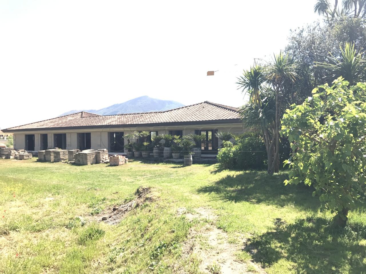 Villa a Schiera in Vendita a Castel San Giorgio
