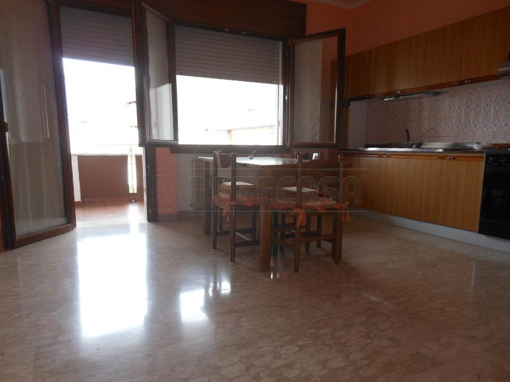 Appartamento in affitto a Romano d'Ezzelino, 3 locali, prezzo € 400 | Cambio Casa.it