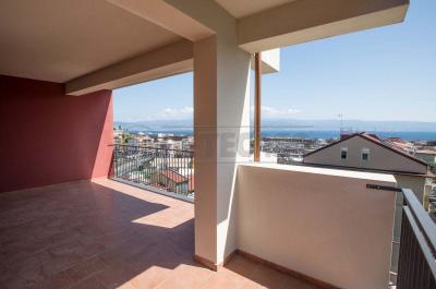 Bilocale Messina Via Minissale Alto 1