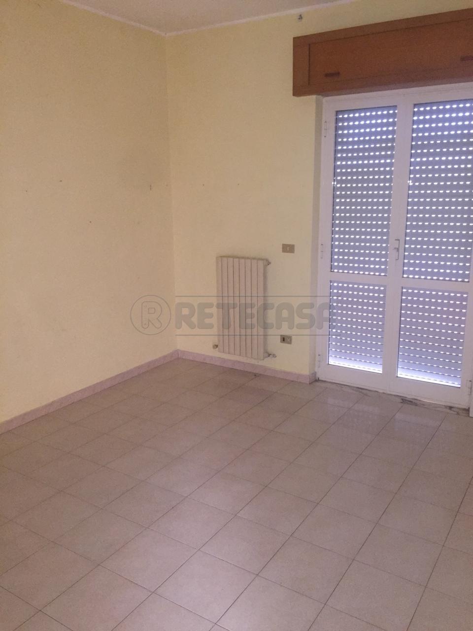 Appartamento trilocale in affitto a Catanzaro (CZ)