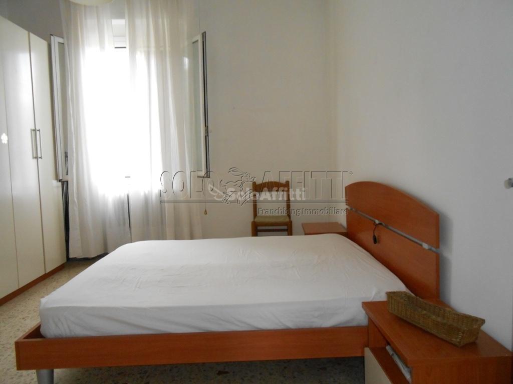 Bilocale Pavia Via Gravellone (borgo Ticino) 5