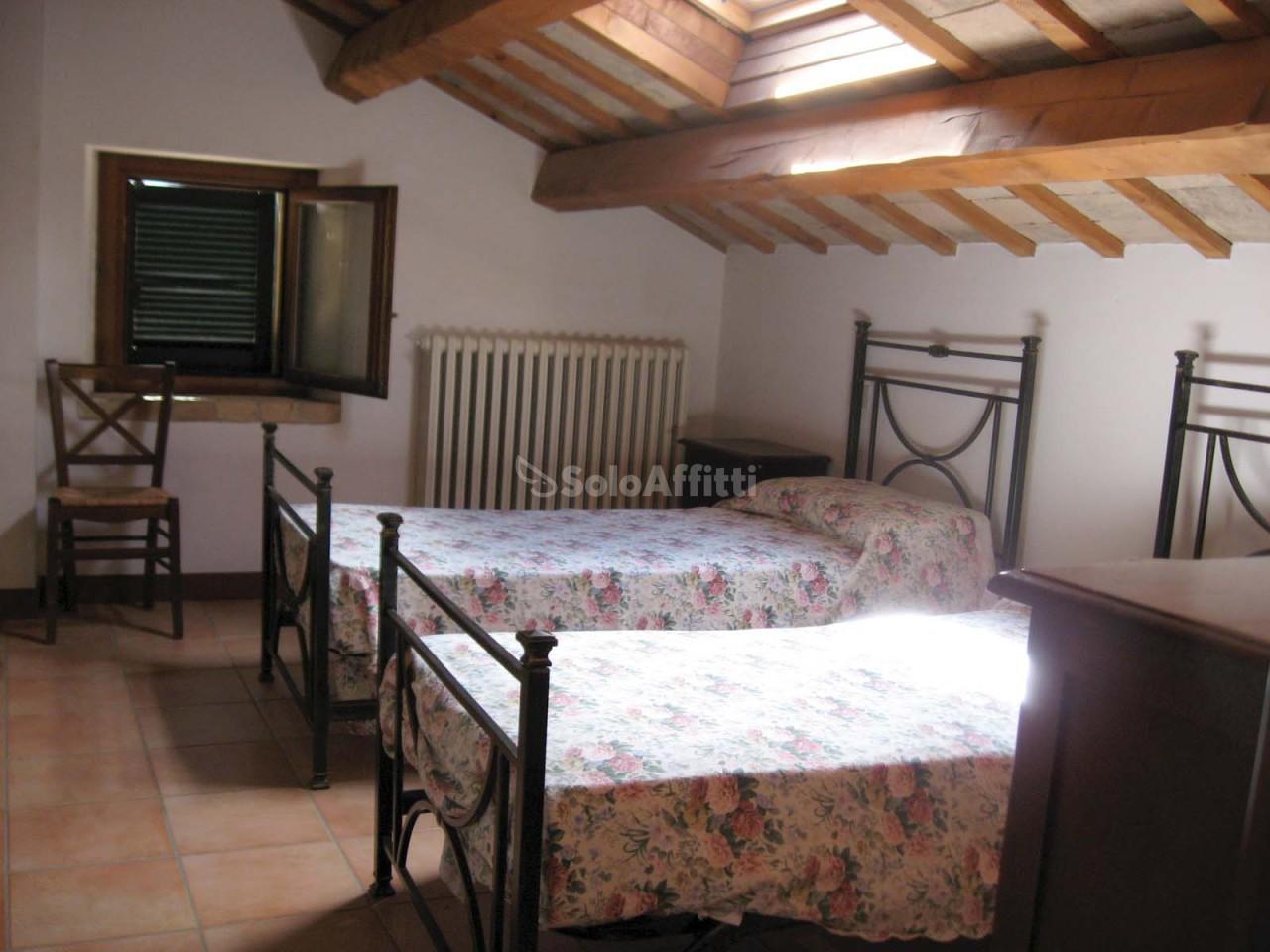 Bilocale Pesaro Centro Del Paese 3