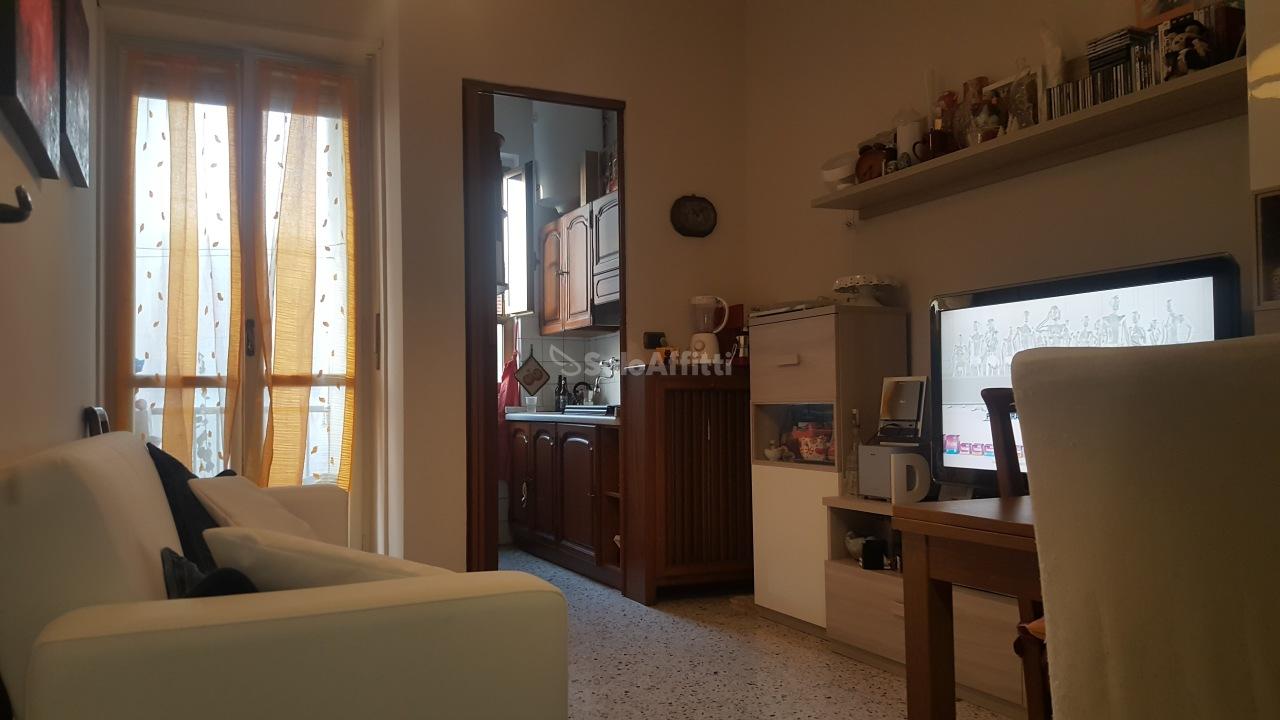 Bilocale Torino Via Romagnano 2