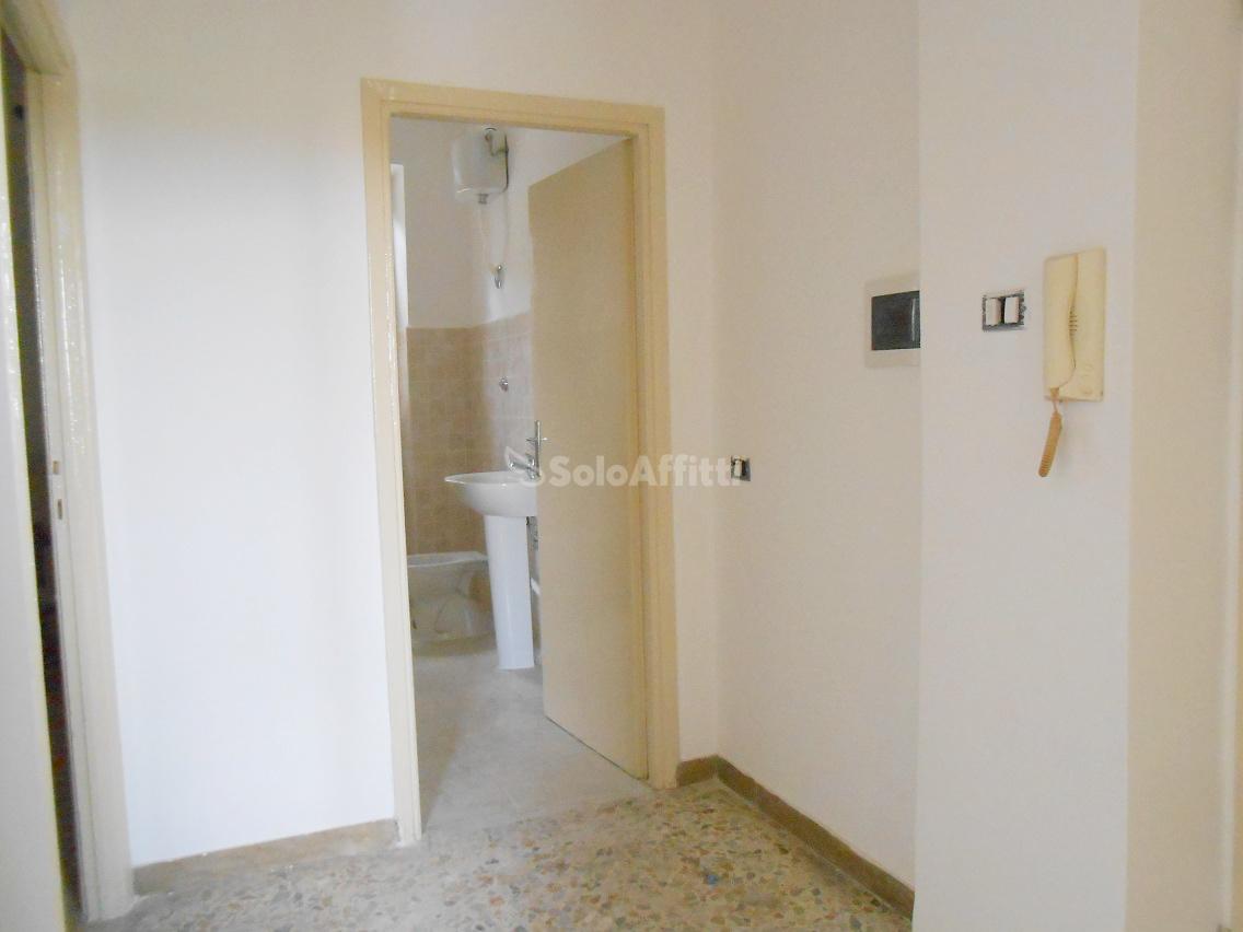 Bilocale Marino Via Appia Nuova 156 9