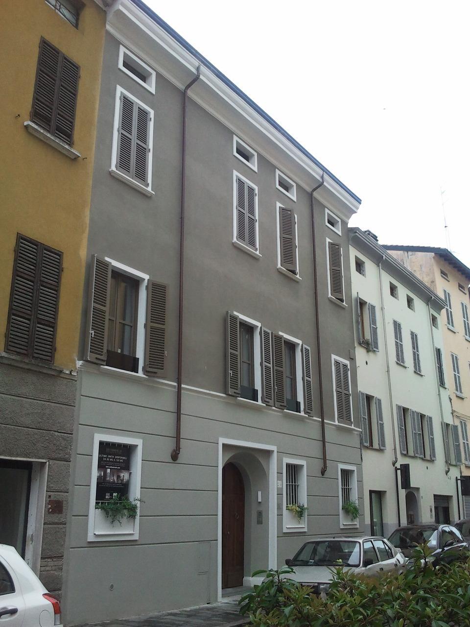 Appartamento in vendita a Parma, 4 locali, prezzo € 540.000 | Cambio Casa.it