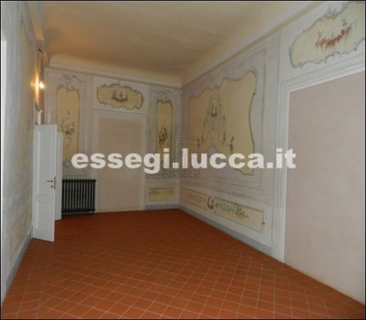 Bilocale Lucca Via Guinigi 2