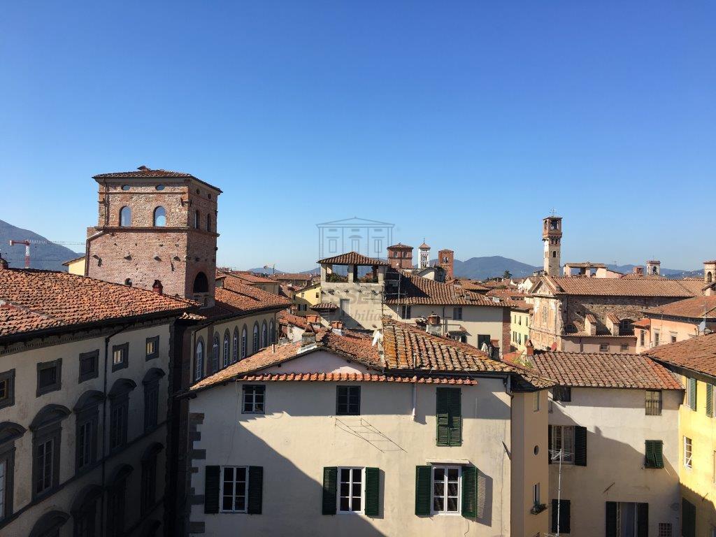 Appartamento Lucca Centro storico IA02937-1 img 6